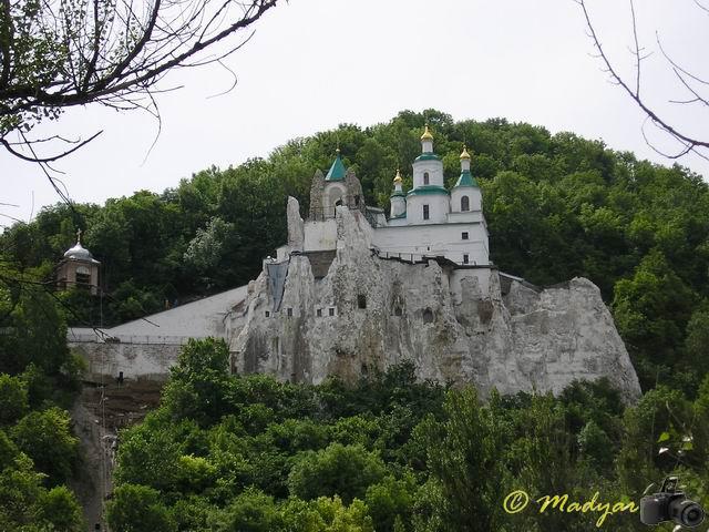 http://madyar-car.narod.ru/album/travels/svyatogorsk/svyatogorsk31.jpg